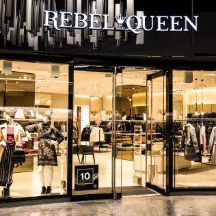 Tür 10: Rebel Queen by LIU JO